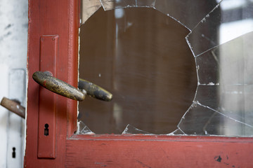 Home Insurance Adjuster Miami: Avoiding Holiday Burglary